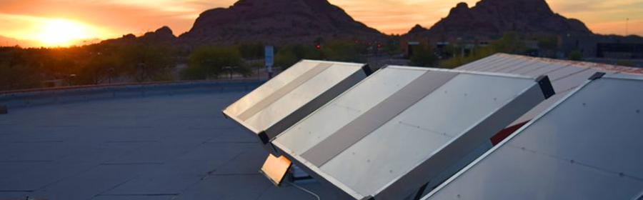 Paneles_solares_que_generan_agua_del_medio_ambiente
