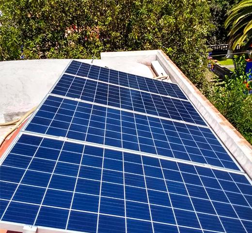 Instalación_de_paneles_solares_para_hogar_en_Querétaro
